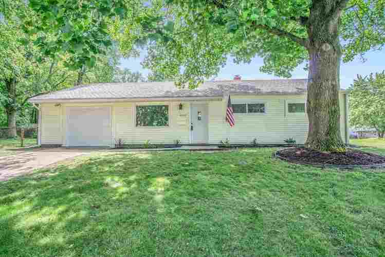 4003  Brookton Drive South Bend, IN 46614-2701 | MLS 201927120