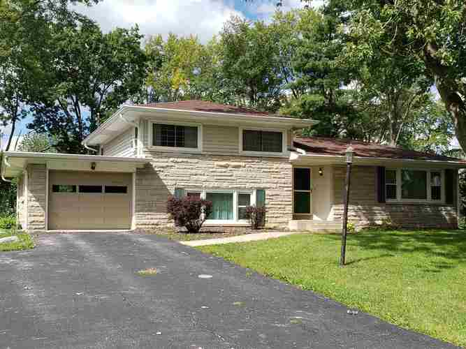 1615 E PARKVIEW Drive Marion, IN 46952-1430 | MLS 201927395