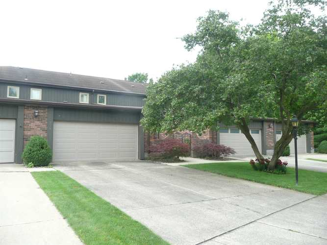 734 Riverside Court South Bend IN 46616   MLS 201927606   photo 1