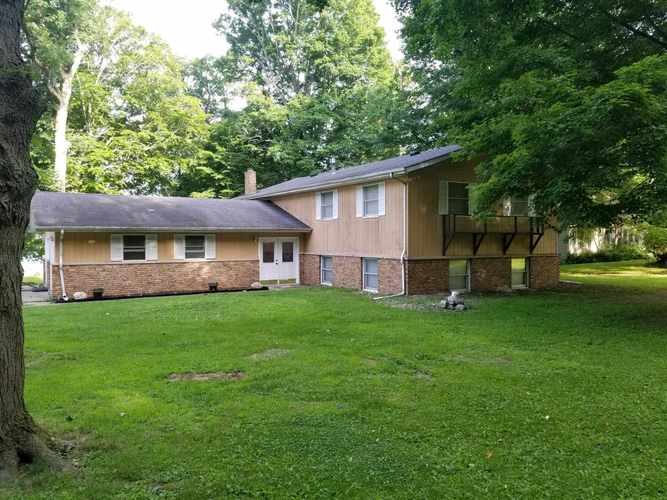 14048  Lawrence Lake Drive Plymouth, IN 46563 | MLS 201927635