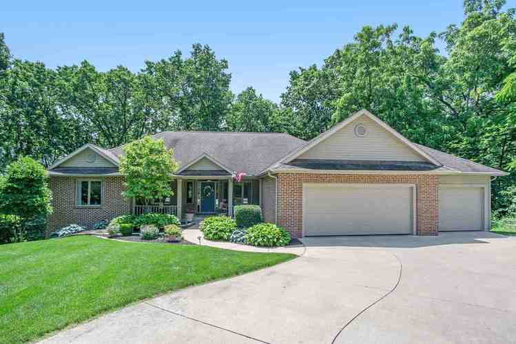 232  Greenfield Drive Middlebury, IN 46540-9573 | MLS 201927716