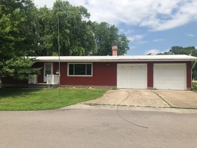 921  Jefferson Street Covington, IN 47932 | MLS 201927830