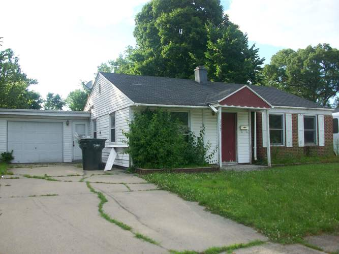 557  Manchester Drive South Bend, IN 46615-3257 | MLS 201927894