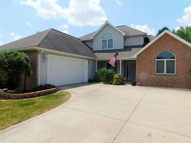 1130 Fawncrest Court Bluffton, IN 46714   MLS 201927897   photo 1