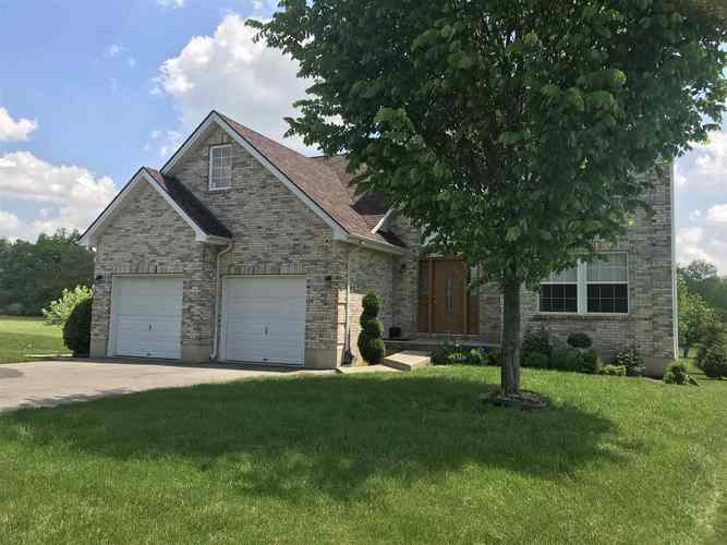 2267  Roaming Hills Drive Richmond, IN 47374 | MLS 201928227