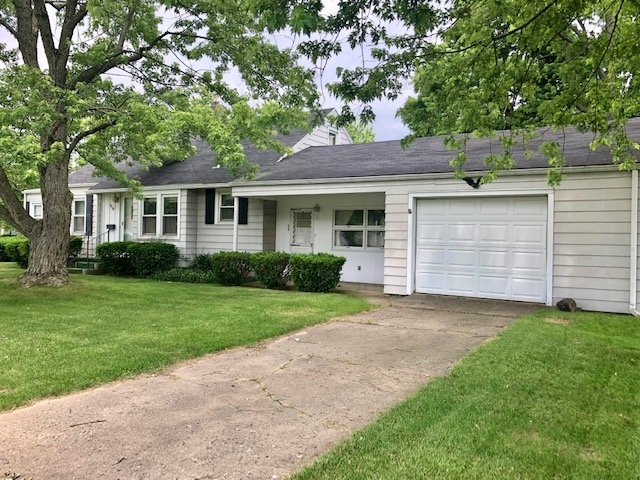 116 W Railroad Street Avilla, IN 46710 | MLS 201928250