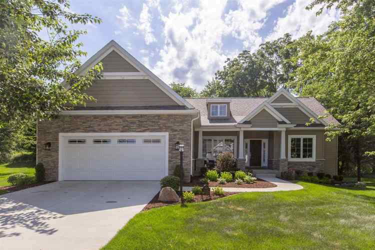 4611 Pier Court South Bend IN 46628 | MLS 201928293 | photo 1