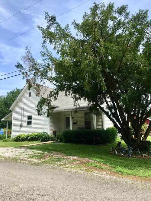 502 N Lawton Street Jasonville, IN 47438 | MLS 201928414