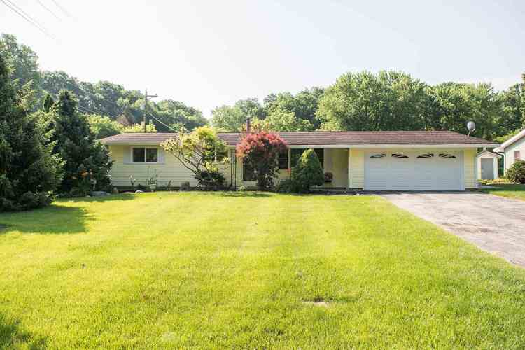 11002 N Quiet Waters Circle Monticello, IN 47960 | MLS 201928601