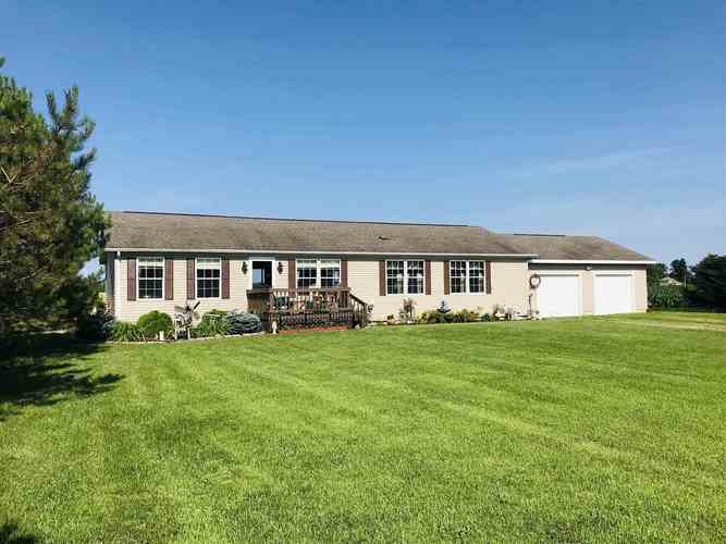 3900 S State Road 9  Wolcottville, IN 46795 | MLS 201928657