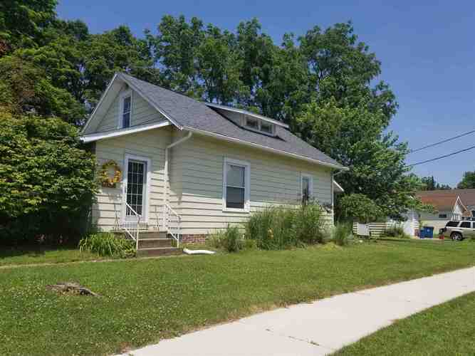 510  School Street Culver, IN 46511 | MLS 201928687