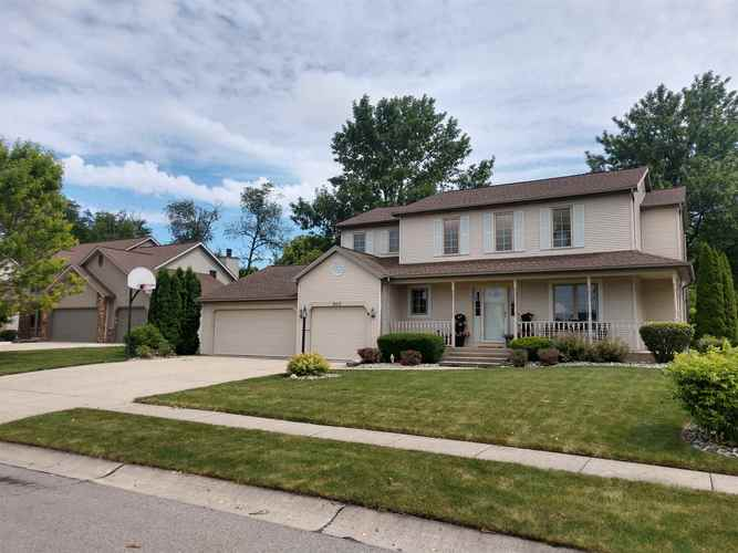 9513  Iroquois Trace New Haven, IN 46774-2912 | MLS 201928723