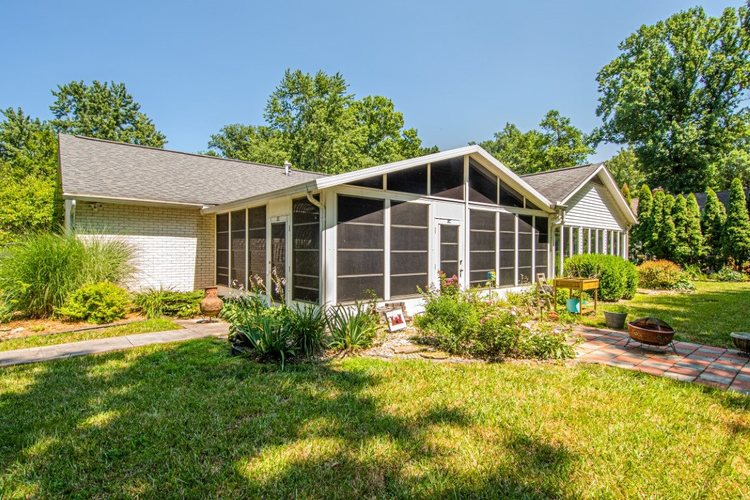 1413 Old Orchard Place Vincennes, IN 47591 | MLS 201928798 | photo 25