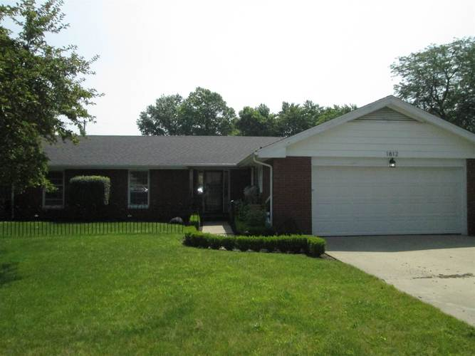 1812 N Riley Road Muncie, IN 47304 | MLS 201929000