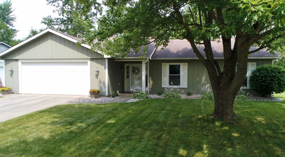 3024 Winslow Place Fort Wayne, IN 46815-6222 | MLS 201929020 | photo 1
