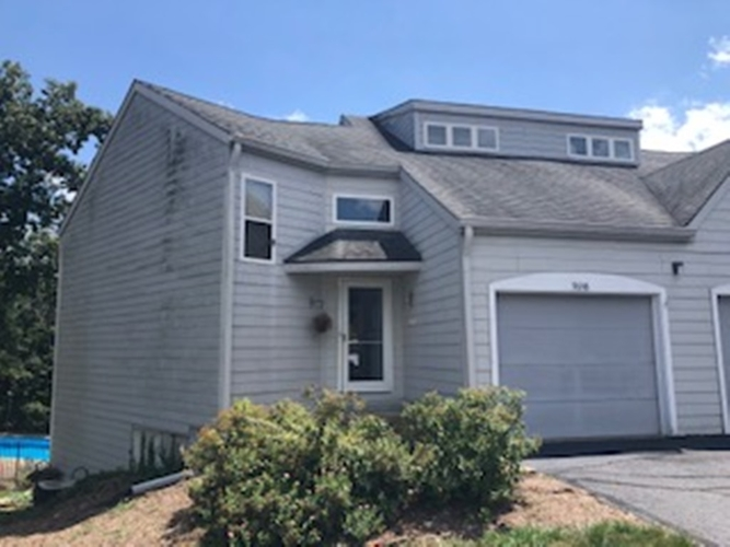 9648 S Bay Pointe Drive Bloomington IN 47401 | MLS 201929123 | photo 1