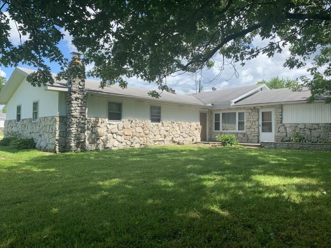 625 W indiana Avenue Upland, IN 46989 | MLS 201929522