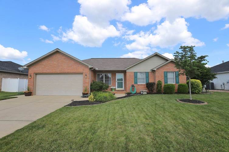 4022 Country Ridge Drive Newburgh, IN 47630 | MLS 201929545 | photo 1