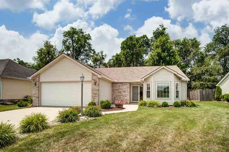 15909  Timberwillow Drive Huntertown, IN 46748-9279 | MLS 201929651