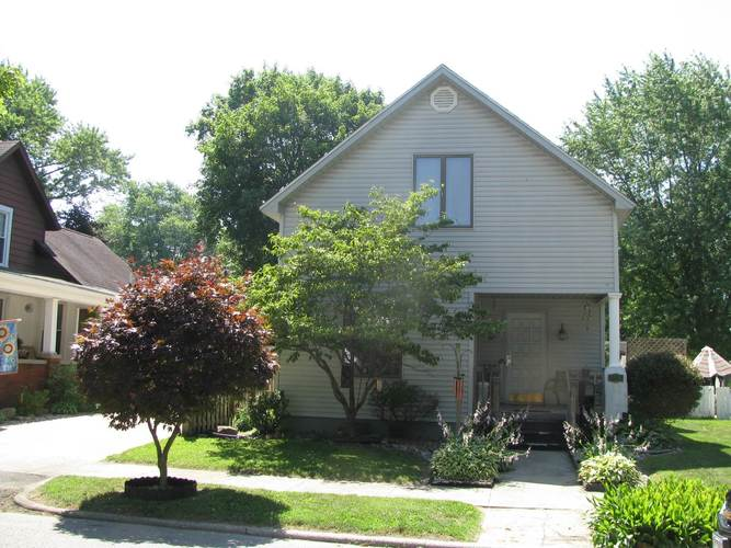 305 S Line Street S South Whitley, IN 46787 | MLS 201929691 | photo 1