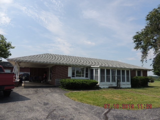 4926 E 200 South Road Marion, IN 46953-9136 | MLS 201929829