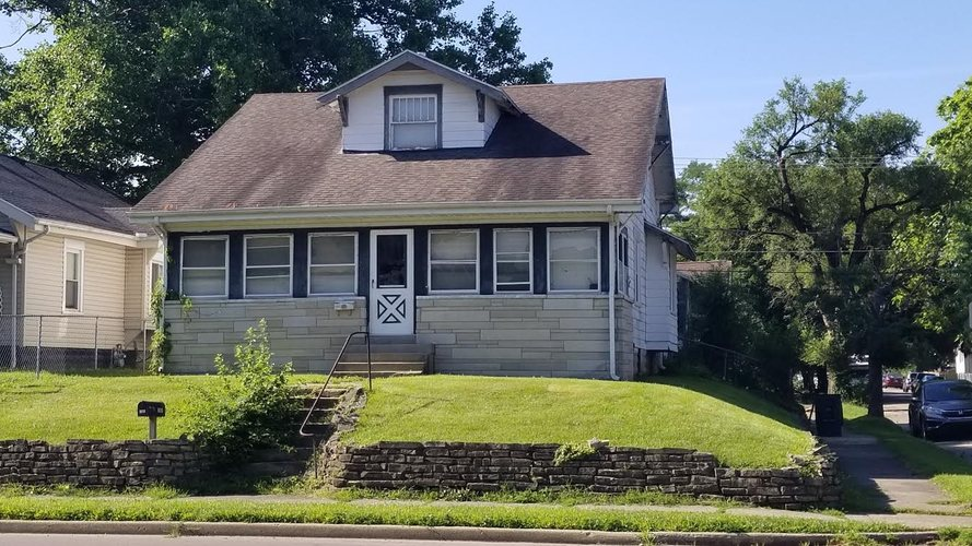 201 E Memorial Drive Muncie, IN 47302 | MLS 201929872