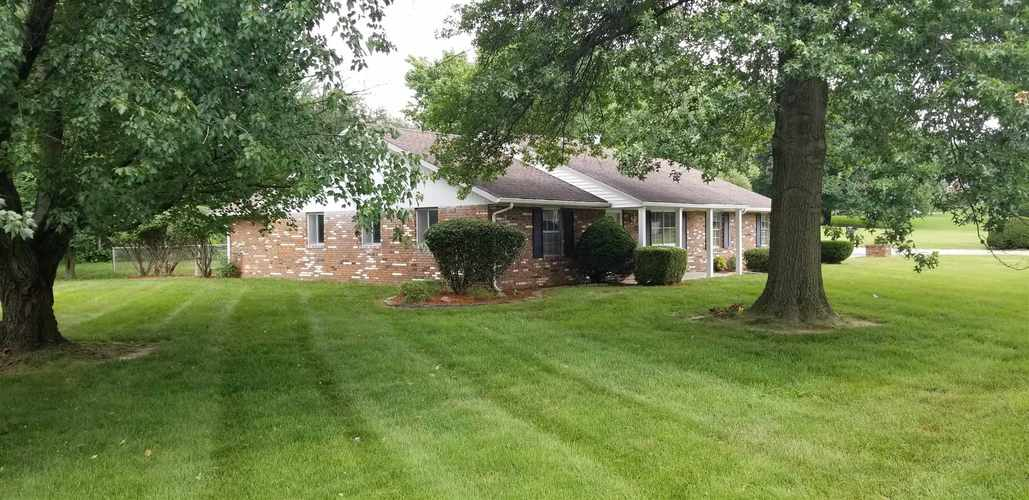 2008 Forbes Road Vincennes, IN 47591 | MLS 201930158 | photo 2