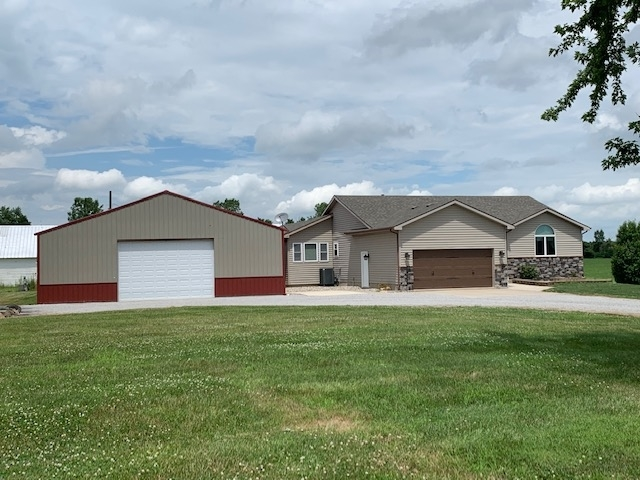 4422 W Shoaff Road Huntertown, IN 46748 | MLS 201930206