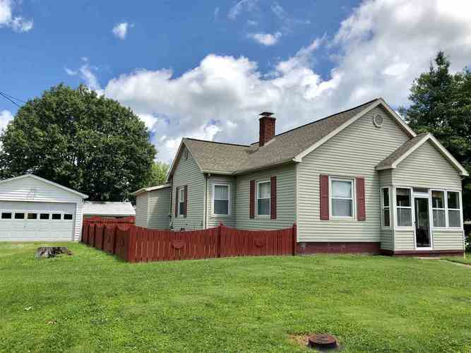23 E First Avenue Poseyville, IN 47633 | MLS 201930243