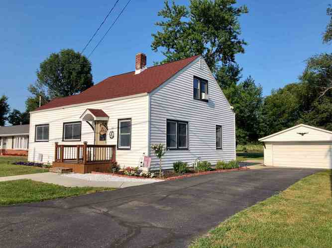 601 S Ripley Street Brookston, IN 47923 | MLS 201930633