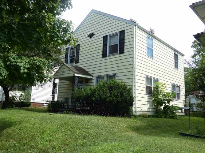 218 E Victoria Street South Bend, IN 46614 | MLS 201930680