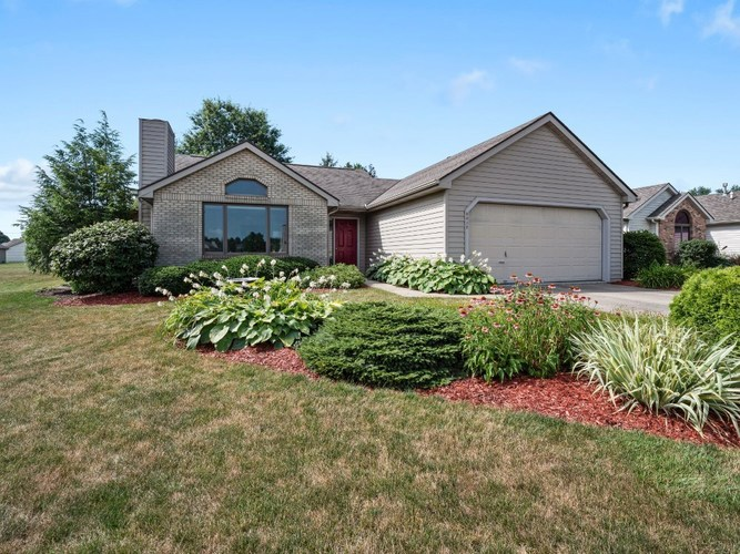 8012  Fountainhead Place Fort Wayne, IN 46835 | MLS 201930942