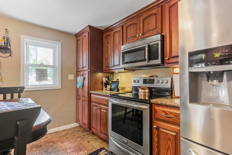 7915 S Meridian Road S Poneto, IN 46781 | MLS 201930996 | photo 11