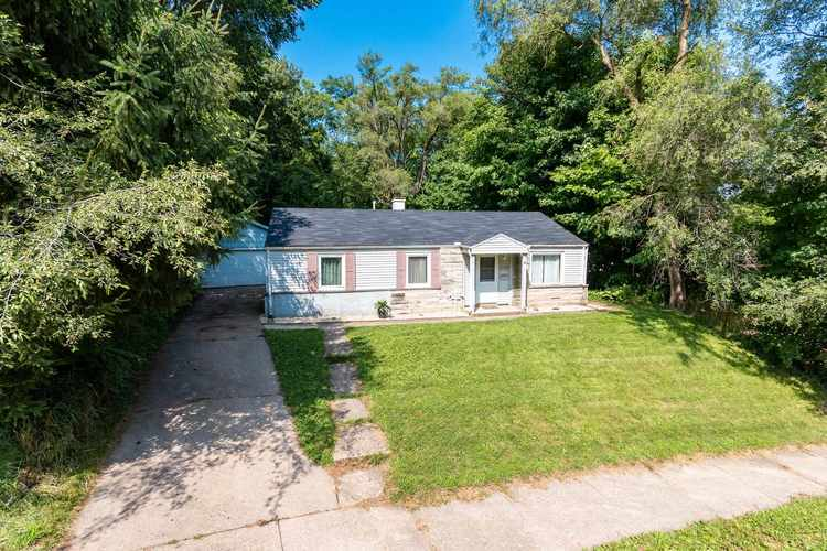 3720  Woldhaven Drive South Bend, IN 46614-2064 | MLS 201931040