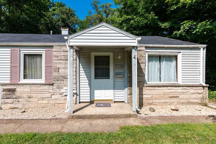 3720 Woldhaven Drive South Bend, IN 46614-2064 | MLS 201931040 | photo 2
