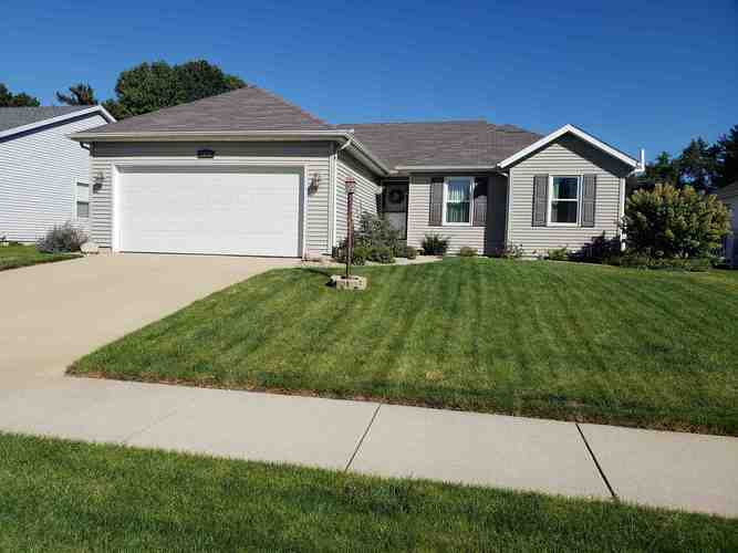 3313  Field Gate Drive South Bend, IN 46628 | MLS 201931085