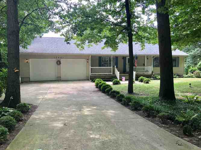 13621  6C Road Plymouth, IN 46563   MLS 201931166
