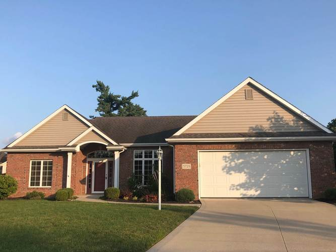 5728  Chilako Court Fort Wayne, IN 46835 | MLS 201931599