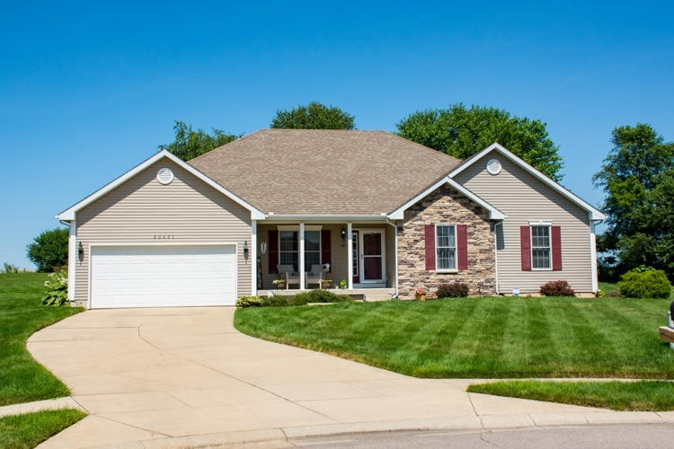 23051  Benson Court South Bend, IN 46628-9041 | MLS 201931702