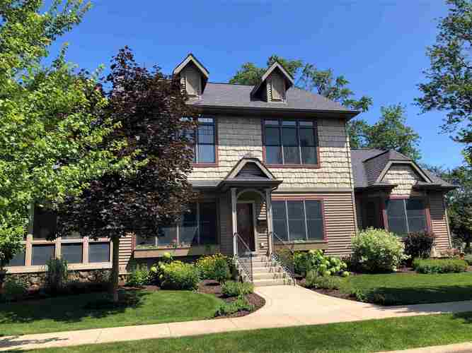 412  Auditorium Boulevard Winona Lake, IN 46590 | MLS 201931736