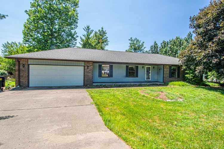 2221 S Cypress Drive Vincennes, IN 47591 | MLS 201931976