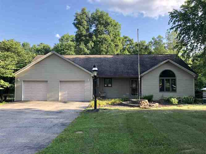 624 PATTON HILL RD Bedford, IN 47421 | MLS 201932053 | photo 1