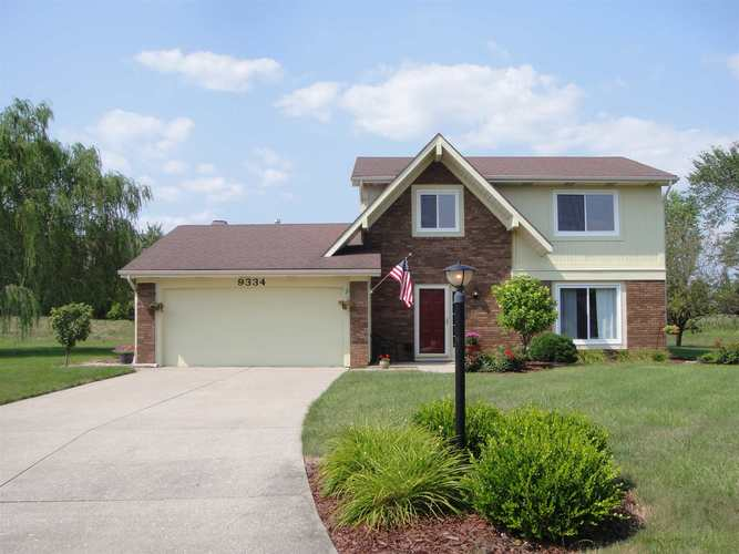 9334  Woodchime Court Fort Wayne, IN 46804-7716 | MLS 201932100