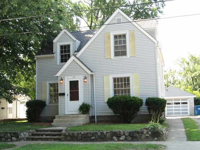 317 W Washington Street Culver, IN 46511 | MLS 201932481