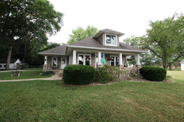 2002 Lake Avenue Plymouth, IN 46563   MLS 201932692   photo 2