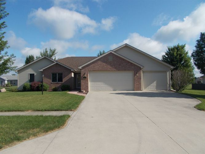 1206 W Crooked Tree Drive Columbia City, IN 46725 | MLS 201932735
