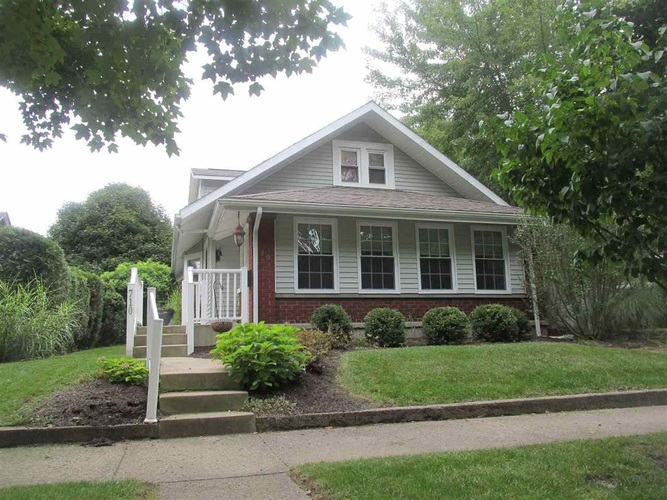 710 N Mill Street N North Manchester, IN 46962-1240   MLS 201933021   photo 1