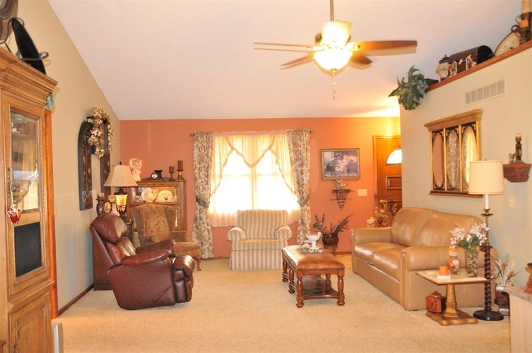 12609 Emerald Court Plymouth, IN 46563   MLS 201933094   photo 9