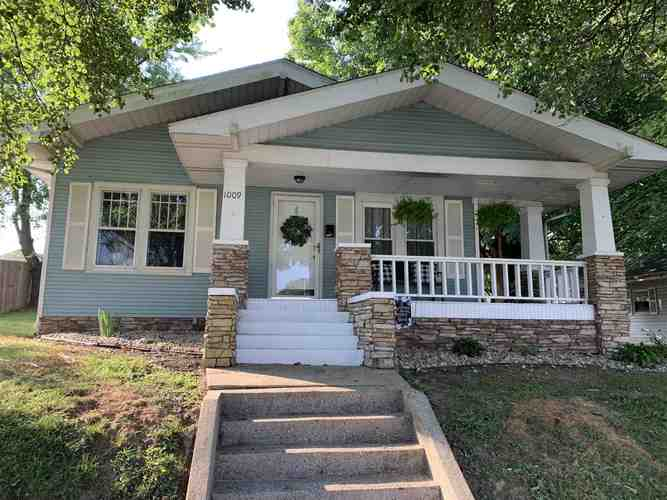 1009 E Locust Street Petersburg, IN 47567 | MLS 201933274