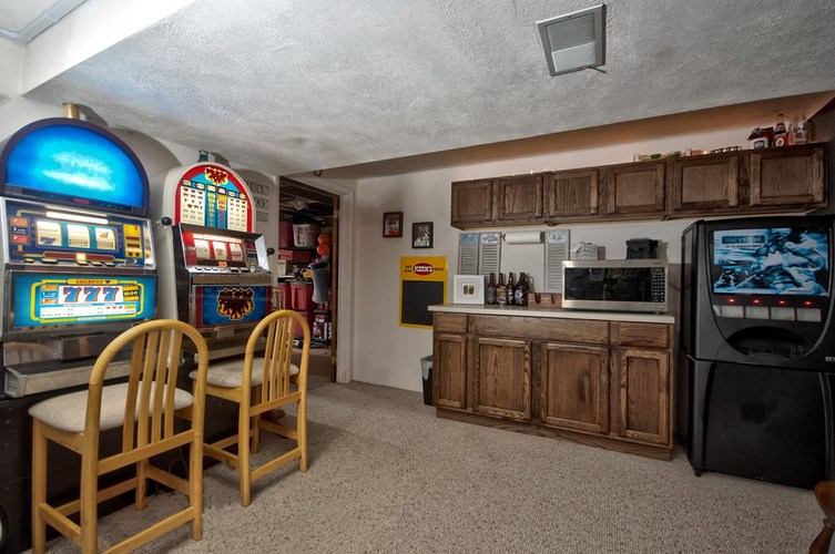 22732 Roosevelt Road South Bend, IN 46614-9263 | MLS 201933304 | photo 18